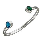 Браслет обруч жесткий с двумя большими синим и зеленым фианитами, серебро