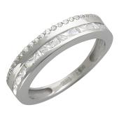 Кольцо, белое золото дорожка из фианитов посередине шинки и по грани
