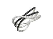Кольцо с прозрачными и чёрными фианитами, белое золото