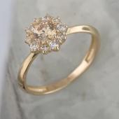 Кольцо с фианитами цвета Шампань из желтого золота