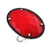 Кольцо с коралловым пластиком в обрамлении черных фианитов, серебро