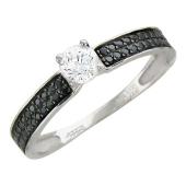 Кольцо с прозрачным и чёрными фианитами, серебро