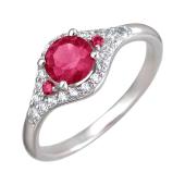 Кольцо с корундом рубиновым и фианитами из серебра
