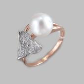 Кольцо с жемчугом и фианитами, красное золото