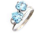 Золотое кольцо с двумя треугольными полудрагами, белое золото