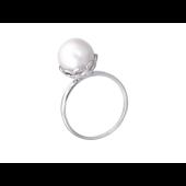 Кольцо с белым жемчугом в фигурном держателе Корзинка, белое золото 585 проба
