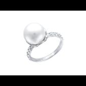 Кольцо с белым жемчугом и двумя дорожками фианитов по бокам, белое золото 585 проба