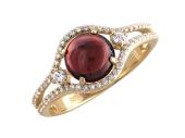 Кольцо, большой круглый полудрагоценный камень в обрамлении двух дорожек из фианитов