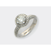 Кольцо с бриллиантом и россыпью бриллиантов, белое золото 750 проба