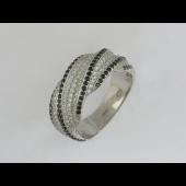 Кольцо с бриллиантами и чёрными бриллиантами, белое золото 750 проба