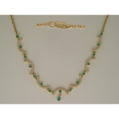 Колье с изумрудами и бриллиантами, желтое золото 750 проба