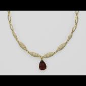 Колье с турмалином (аметистом) и бриллиантами, желтое золото 750 проба