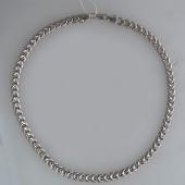 Серебряное колье на карабине