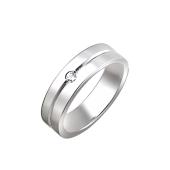 Кольцо обручальное с канавкой и фианитом, серебро