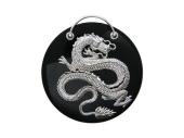 Китайский Дракон из белого золота 750 пробы на круглом медальоне из черного агата