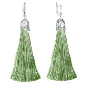 Серьги кисти с шелковой лентой оливкового цвета из серебра 925 пробы