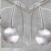 Серьги Шары с матированием из серебра 925 пробы 15мм