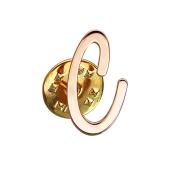 Брошь значок буква С из красного золота
