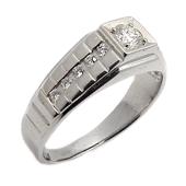 Мужское кольцо с бриллиантами, в ценре квадрат, комбинированное золото