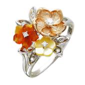 Кольцо Цветы с бриллиантами, агатом и перламутром, белое золото
