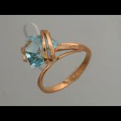 Кольцо с треугольным топазом (гранатом), красное золото