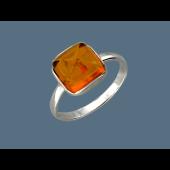 Кольцо с квадратным янтарем, серебро с родированием