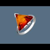 Кольцо с треугольным янтарем, серебро