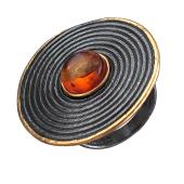 Кольцо Гончарный круг с янтарем (нефритом, малахитом), серебро с позолотой и чернением