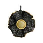 Кулон круглый с нефритом (янтарем) из серебра с чернением и позолотой