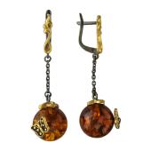 Серьги длинные с круглым янтарем на цепочке и с бабочкой, серебро с позолотой и чернением