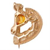 Брошь Жираф с янтарем из серебра 925 пробы с позолоой