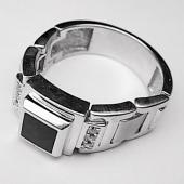Мужское кольцо мягкое, оникс квадрат и фианиты, белое золото 585 пробы