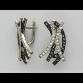 Серьги Линии с черными и прозрачными бриллиантами, белое золото