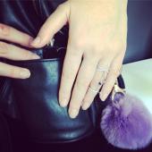 Кольцо двойное разомкнутое на два пальца с цепочками и цветными фианитами, серебро