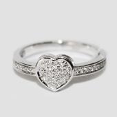 Кольцо Сердечко с бриллиантами, белое золото 585 пробы