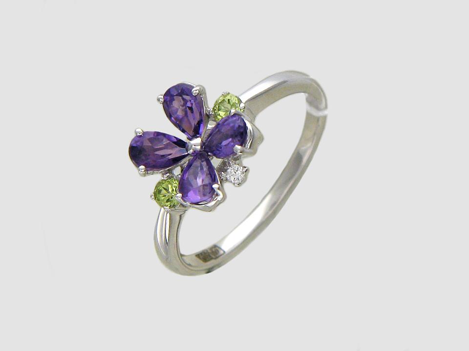 """Кольцо """"Цветок"""" с бриллиантом, аметистом и хризолитом, белое золото, 585 пробы"""