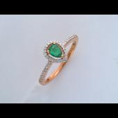 Кольцо с изумрудом Капля и бриллиантами, красное золото
