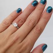 Кольцо Сердце с фианитом из серебра