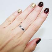 Кольцо обручальное с декоративными насечками, белое золото 585 проба 3.9мм