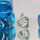 Кулон Холодное Сердце со снежинками и сердцем в середине, с фианитами и голубой эмалью, белое золото
