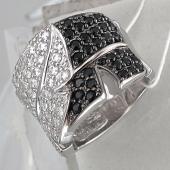 Кольцо Листок с чёрными и прозрачными фианитами, серебро