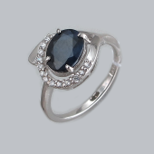 Кольцо с сапфиром и фианитами, серебро