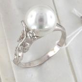 Кольцо с жемчугом из серебра