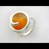 Кольцо с сердоликом (нефритом, улекситом) из серебро