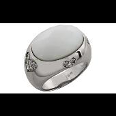Кольцо Сердечки с фианитами и имитацией белого оникса, серебро