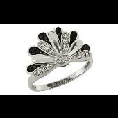Кольцо Корона с чёрными и белыми бриллиантами, белое золото