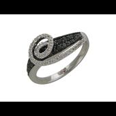 Кольцо с чёрными и прозрачными бриллиантами, белое золото
