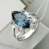 Кольцо с хрусталем, серебро