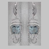 Серьги длинные с квадратным хрусталем из серебра