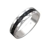 Кольцо с алмазными гранями и черной полосой, серебро